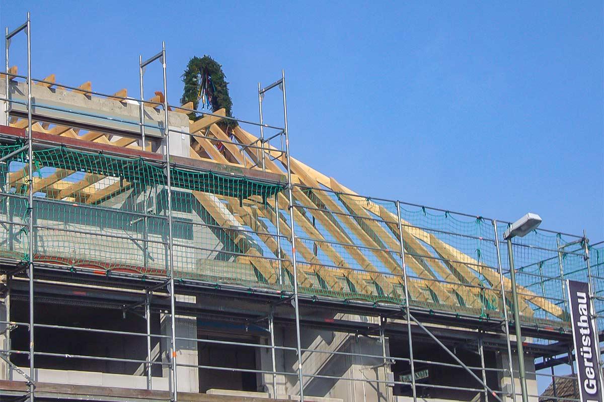 Beispiel für Dachfanggerüste