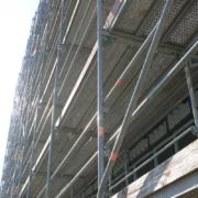 Einrüstung von Geschäfts- und Industriegebäuden